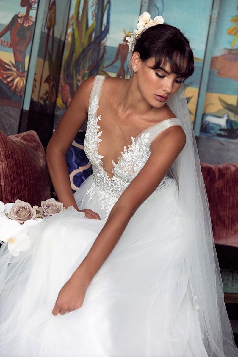 Klassisch-Romantische Brautkleider von Wtoo