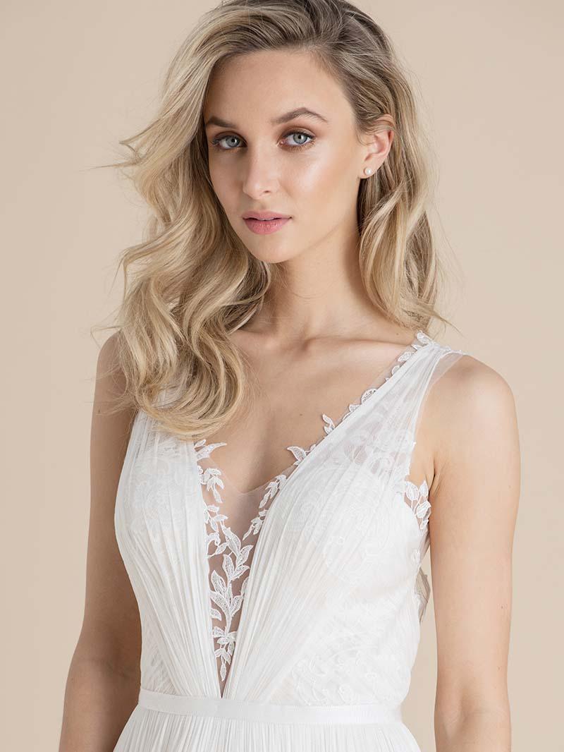 Elegante Brautkleider von Catherine Deane